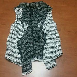 Dolan T-shirt vest with pockets